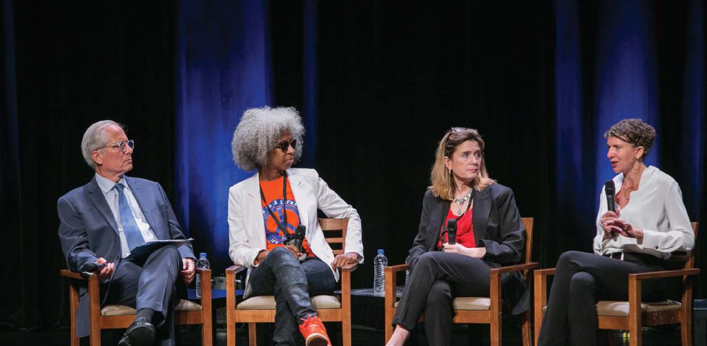 (left to right) Jeremy Travis, The Laura and John Arnold Foundation; Erica Ford, LIFE Camp, Inc.; Mai Fernandez, National Center for Victims of Crime; and Danielle Sered, Common Justice